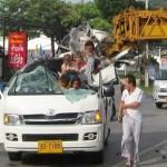 Boom-Overhang-1